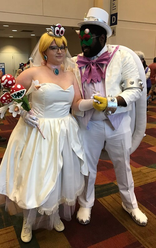 Princess Peach and Bowser cosplay